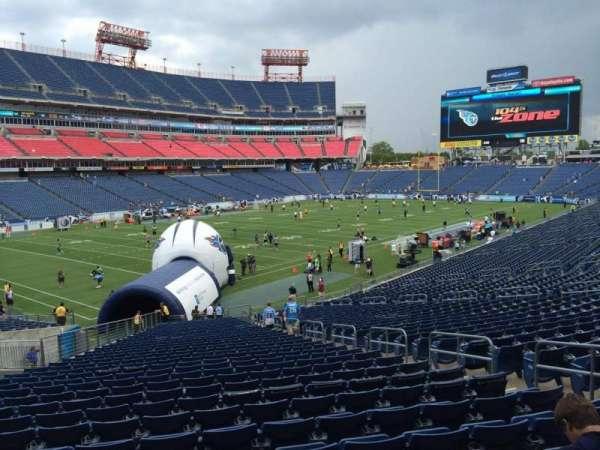 Nissan Stadium, section: 141, row: LL, seat: 8