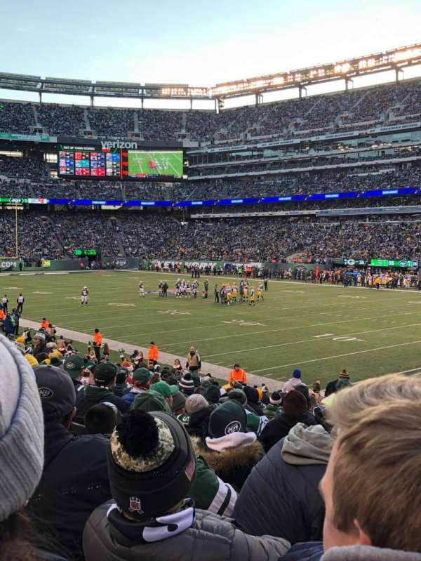 MetLife Stadium, section: 108, row: 18, seat: 1
