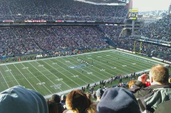 CenturyLink Field, section: 313, row: M, seat: 18
