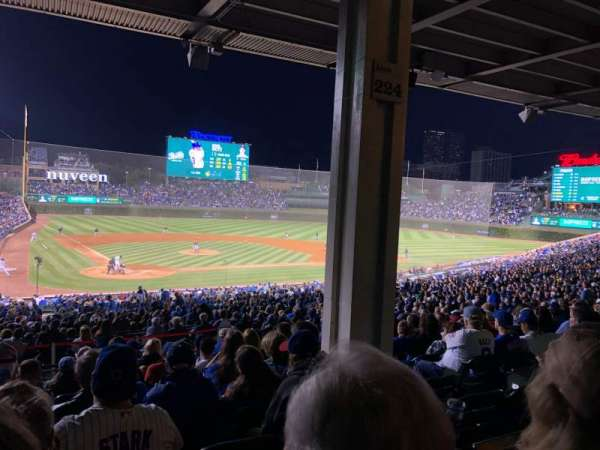 Wrigley Field, section: 220, row: 11, seat: 19