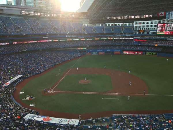 Rogers Centre, section: 519R, row: 1, seat: 2