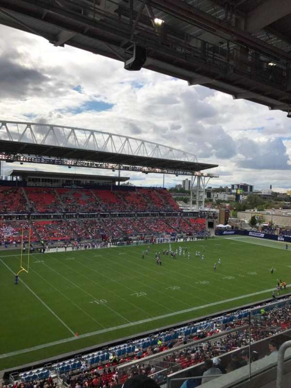 BMO Field, section: 211, row: 8, seat: 3