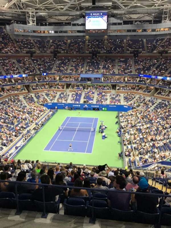 Arthur Ashe Stadium, section: 322, row: A, seat: 9