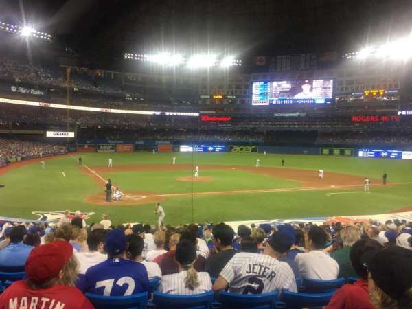 Rogers Centre, section: 119L, row: 27, seat: 106