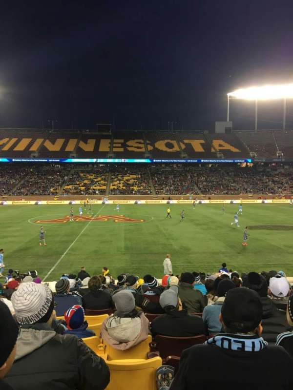 TCF Bank Stadium, section: 140, row: 15, seat: 16