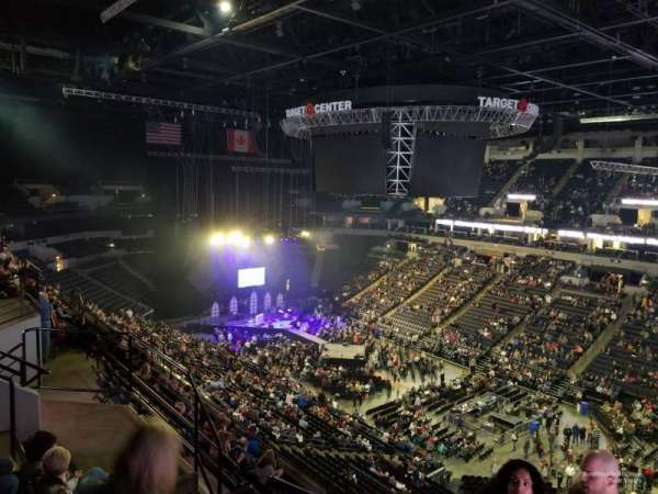Target Center, section: 206, row: J