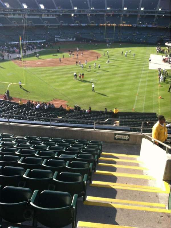 Oakland Coliseum, section: 204, row: 10, seat: 1
