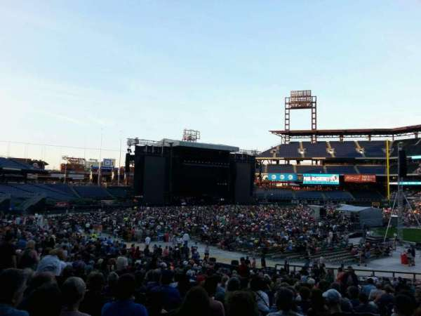 Citizens Bank Park, section: 133, row: 34, seat: 4