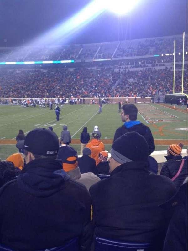 Scott Stadium, section: 121, row: J