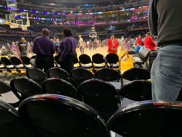 Staples Center, section: 105, row: D, seat: 3