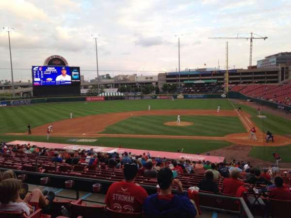 Coca-Cola Field, section: 109, row: EE, seat: 1