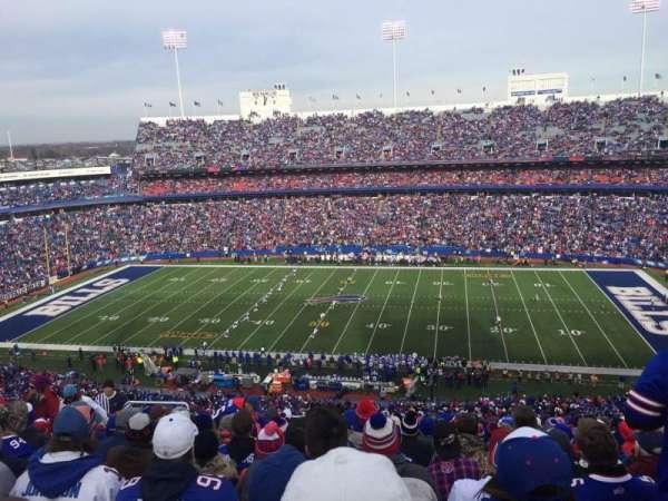 Highmark Stadium, section: 332, row: 24, seat: 21
