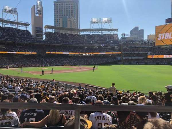 PETCO Park, section: 121, row: 27, seat: 11