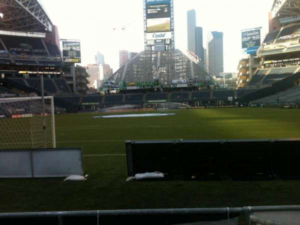 CenturyLink Field, section: 121, row: C, seat: 9