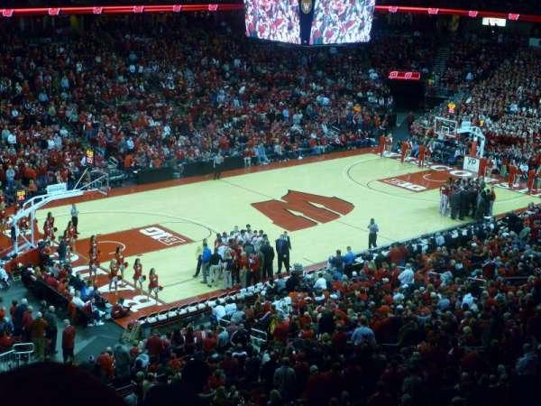 Kohl Center, section: 225, row: J, seat: 11