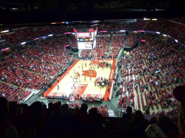 Kohl Center, section: 328, row: J, seat: 8