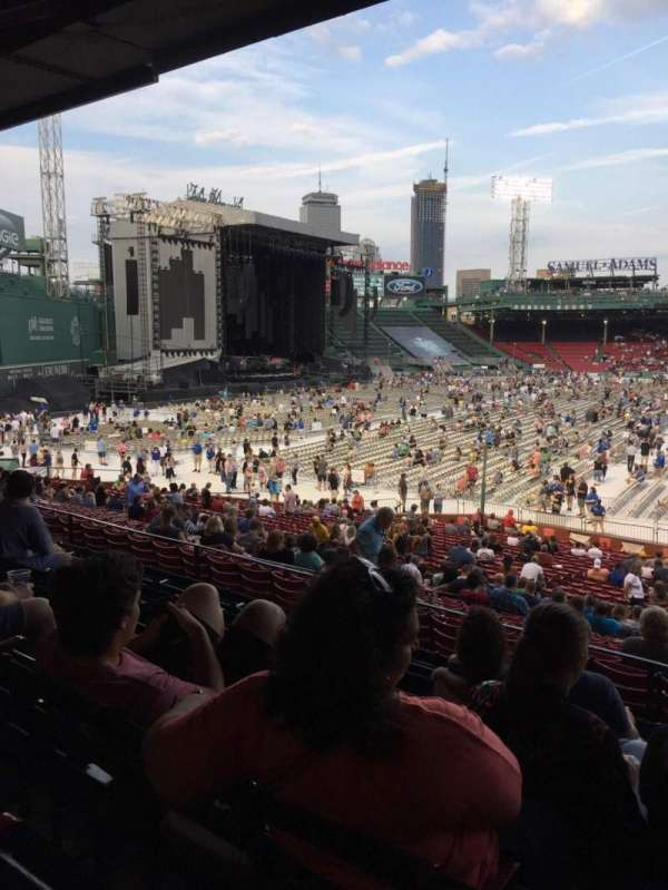 Fenway Park, section: Grandstand 30, row: 7, seat: 1