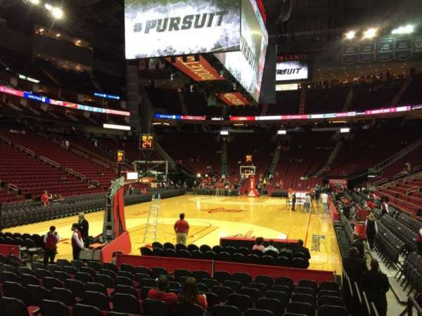 Toyota Center, section: 125, row: 4, seat: 6