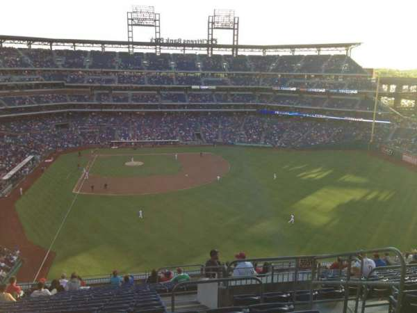 Citizens Bank Park, section: 304, row: 18, seat: 4