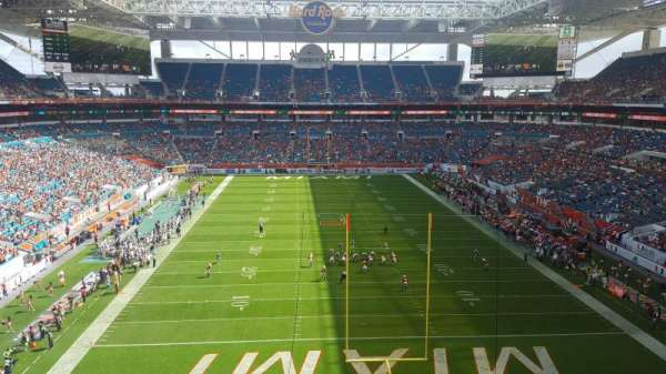 Hard Rock Stadium, section: 305, row: 2, seat: 2
