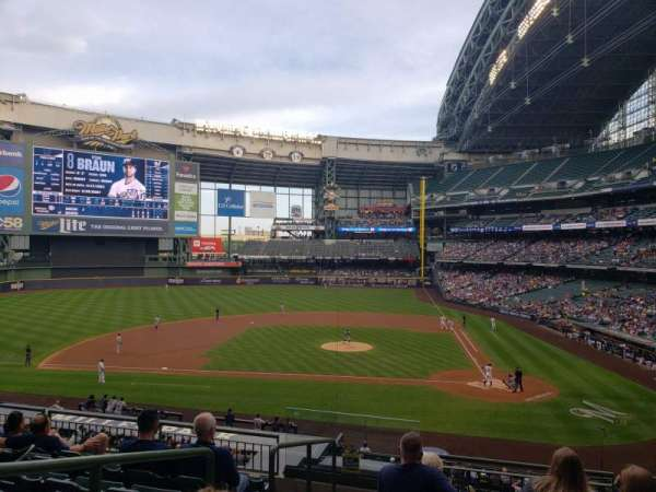 Miller Park, section: 222, row: 7, seat: 18