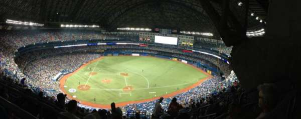 Rogers Centre, section: 519L, row: 21, seat: 106