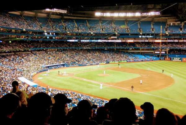 Rogers Centre, section: 215L, row: 7, seat: 4
