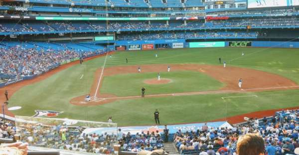 Rogers Centre, section: 221R, row: 4, seat: 4