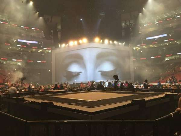United Center, section: Floor 8, row: 3, seat: 6