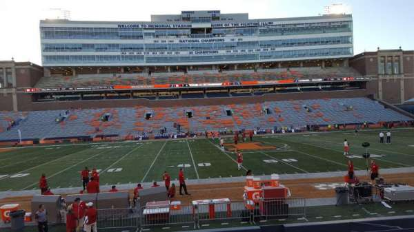 Memorial Stadium (Champaign), section: 106, row: 17, seat: 7