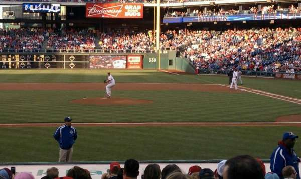 Citizens Bank Park, section: 130, row: 14, seat: 5