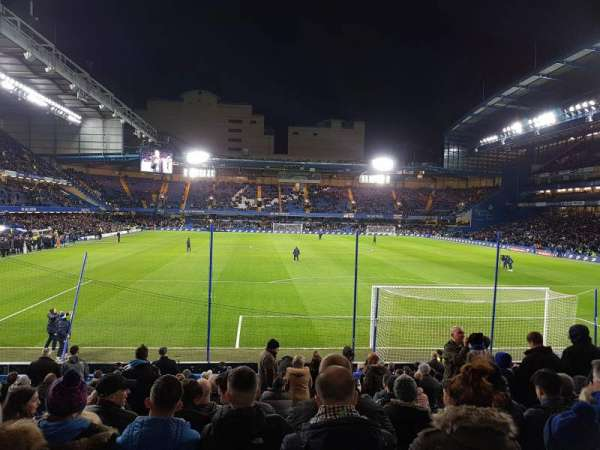 Stamford Bridge, section: Matthew Harding Stand, row: W, seat: 99
