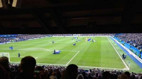 Stamford Bridge, section: Matthew Harding Lower, row: GG, seat: 305