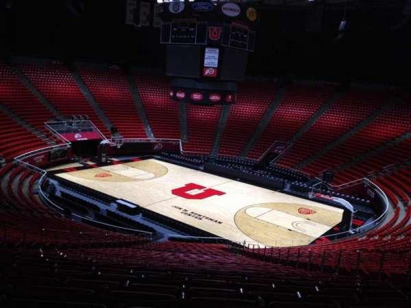 Jon M. Huntsman Center, section: X, row: 31, seat: 10