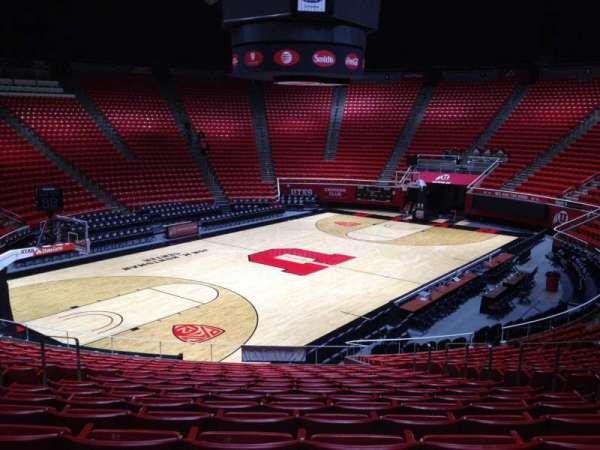 Jon M. Huntsman Center, section: R, row: 19, seat: 7