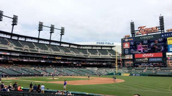 Comerica Park, section: 117, row: 20, seat: 13