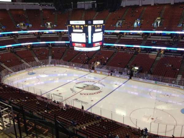 Honda Center, section: 430, row: H, seat: 6