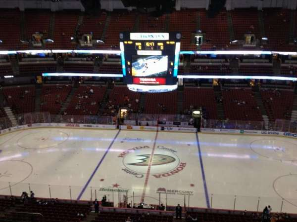 Honda Center, section: 433, row: H, seat:  6