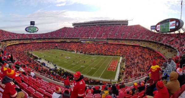 Arrowhead Stadium, section: 342, row: 11, seat: 8