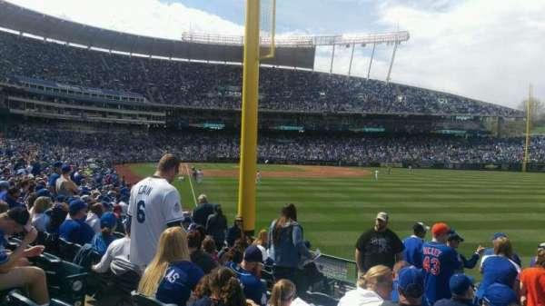 Kauffman Stadium, section: 148, row: u, seat: 6