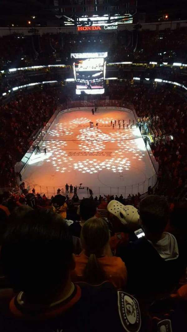 Honda Center, section: 422, row: P, seat: 15