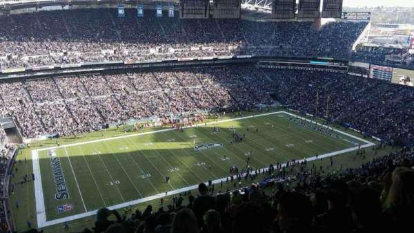 CenturyLink Field, section: 339, row: KK, seat: 13