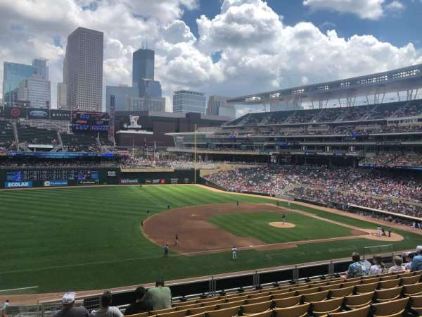 Target Field, section: R, row: 9, seat: 17