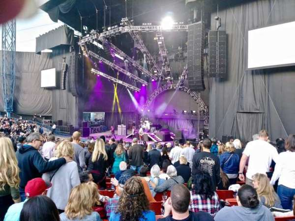 Shoreline Amphitheatre, section: 101, row: S, seat: 17
