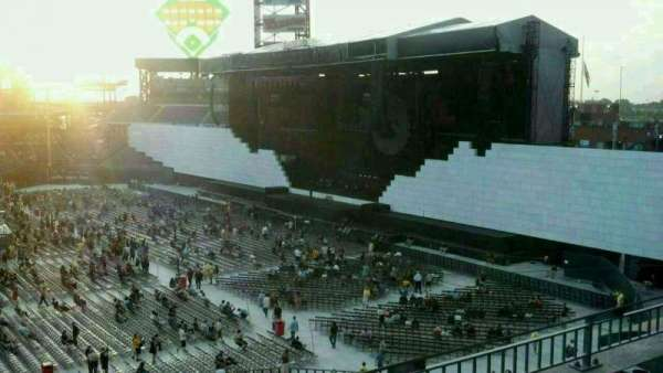 Citizens Bank Park, section: 209, row: 3, seat: 17