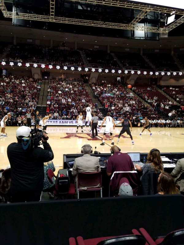 Reed Arena, section: 105, row: DD