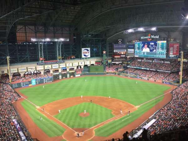 Minute Maid Park, section: 420, row: 15, seat: 11