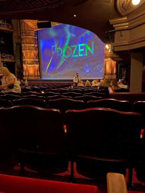 Theatre Royal Drury Lane, section: Stalls, row: R, seat: 7