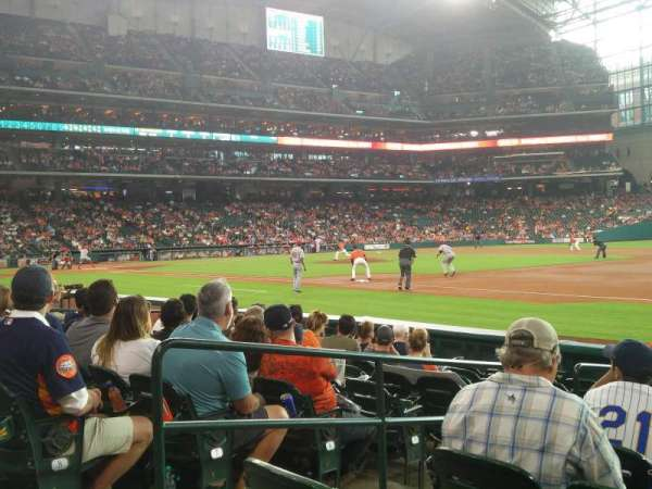 Minute Maid Park, section: 128, row: 10, seat: 3