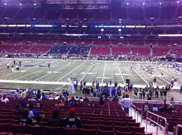 The Dome at America's Center, section: 139, row: U, seat: 2